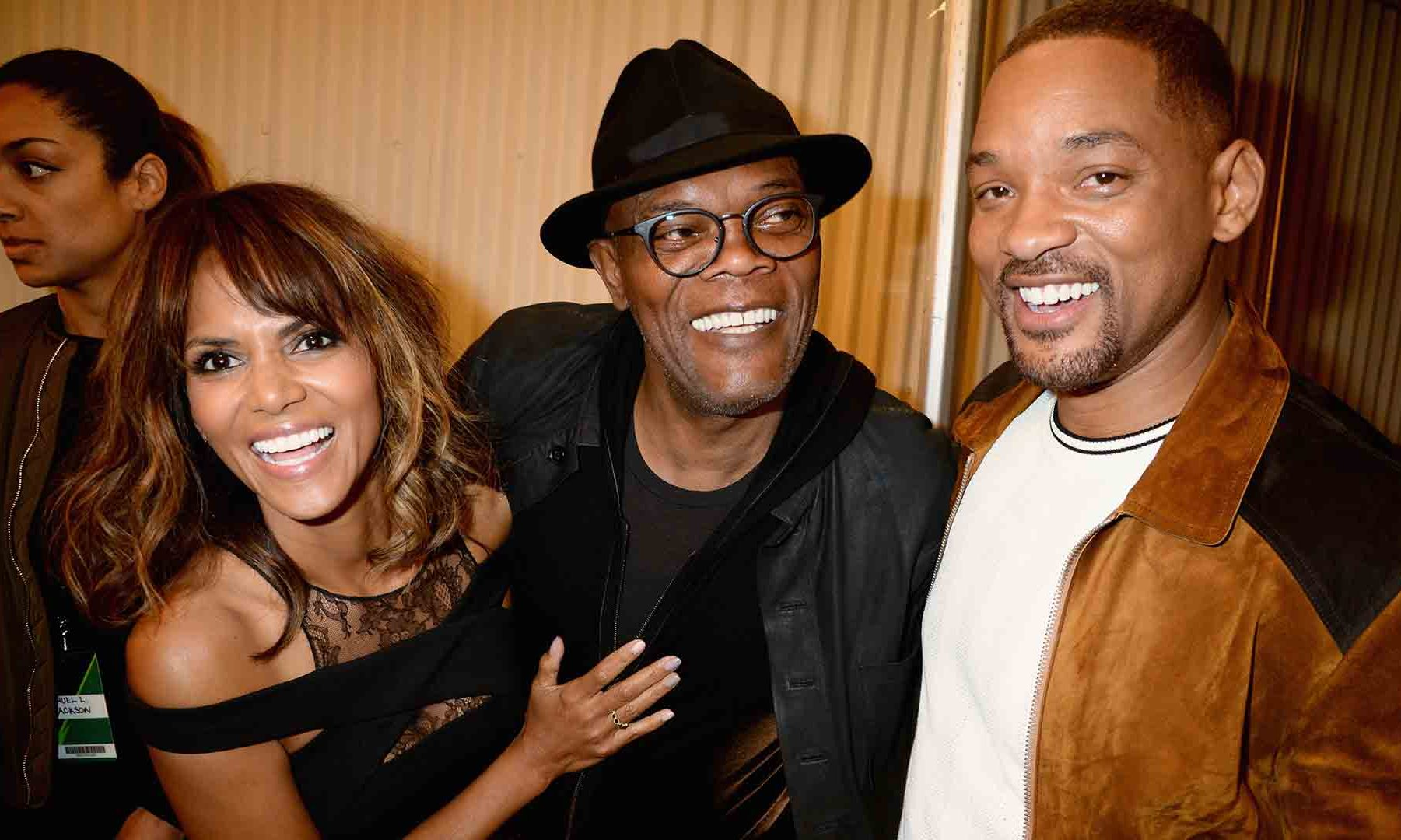 Halle Berry and Samuel L. Jackson helped salute their friend and Generation Award recipient Will Smith at the MTV Movie Awards. 