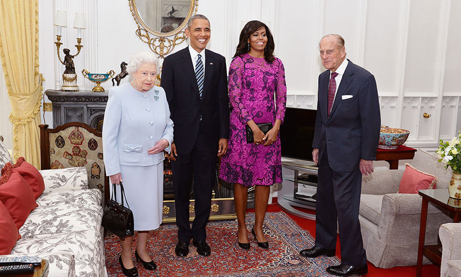 Barack and Michelle Obama will join Princes William and Harry and Kate at Kensington Palace for dinner.