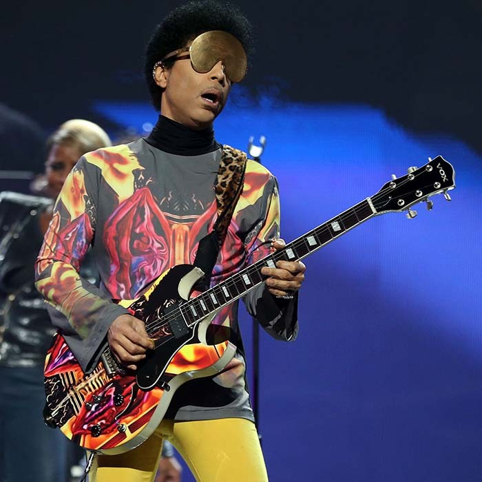 "Prince performed with singer Mary J. Blige during the 2012 iHeartRadio Music Festival in Las Vegas, shielding his eyes with golden sunglasses. The duo sang ""Nothing Compares 2 U"" and she shared a photo from the performance as a tribute upon hearing about his passing. 