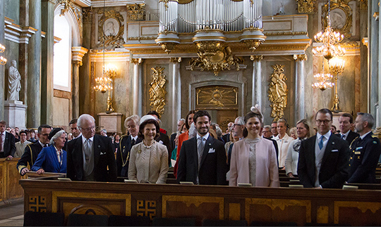The Swedish royals sat front row in the royal chapel.