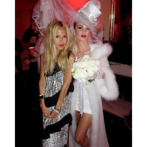 """Why is @rosiehw this beautiful while trying to be a hot mess bride? #ustilllooksopretty #lovemesomerhw #supermodelforever XoRZ,"" Rachel captioned this snap.