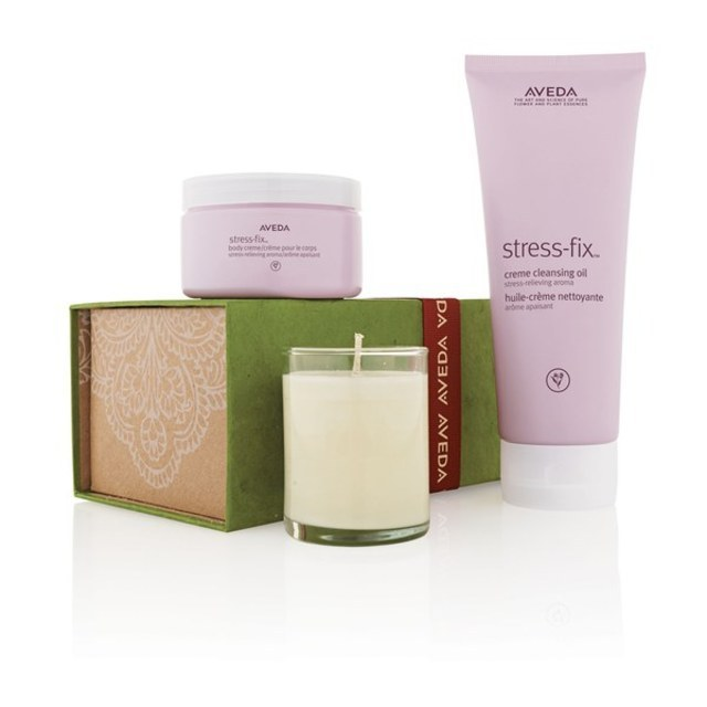 <h3>POSH PAMPERING</h3>