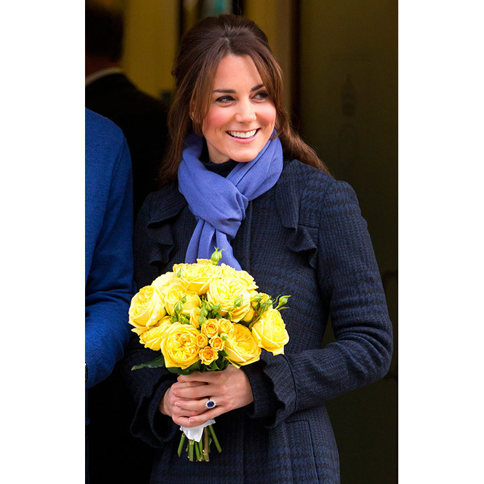 <strong>Announcing her first pregnancy: December 2012