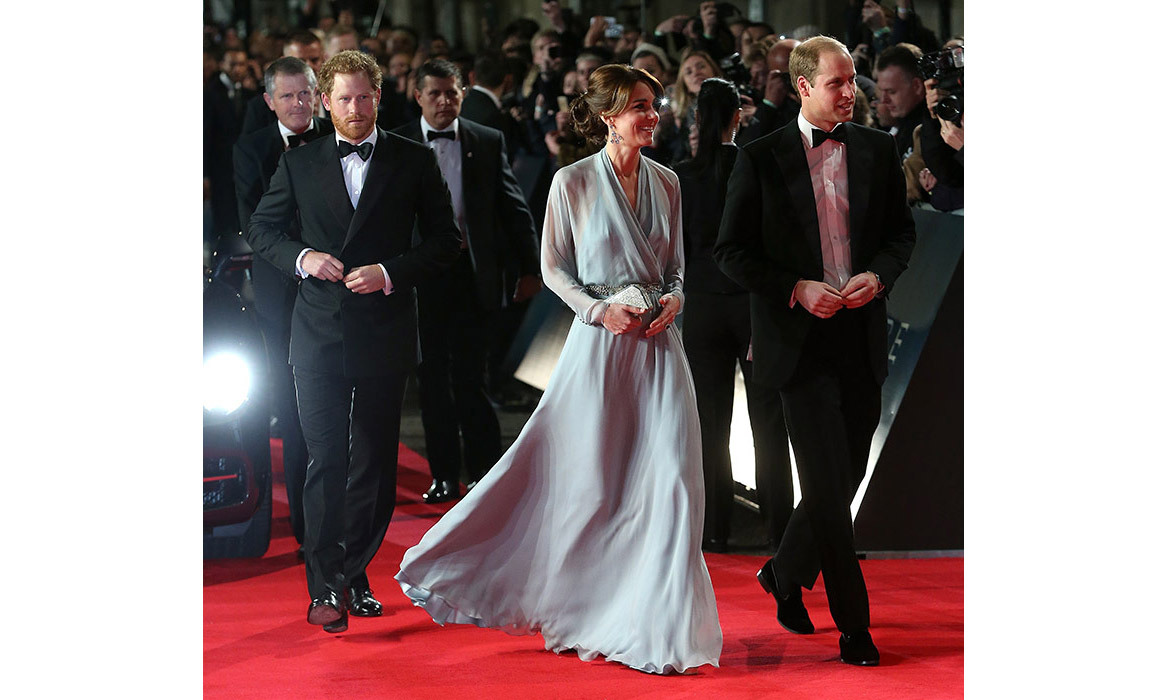 <strong>Kate's red-carpet appearance at the Bond premiere: October 2015