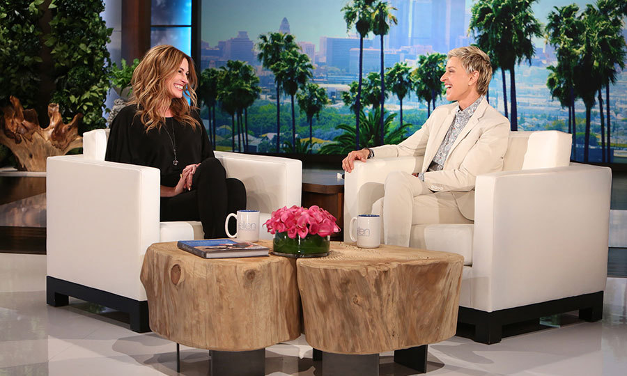 Ellen DeGeneres chatted to Julia Roberts about Taylor Swift's friendship squad.