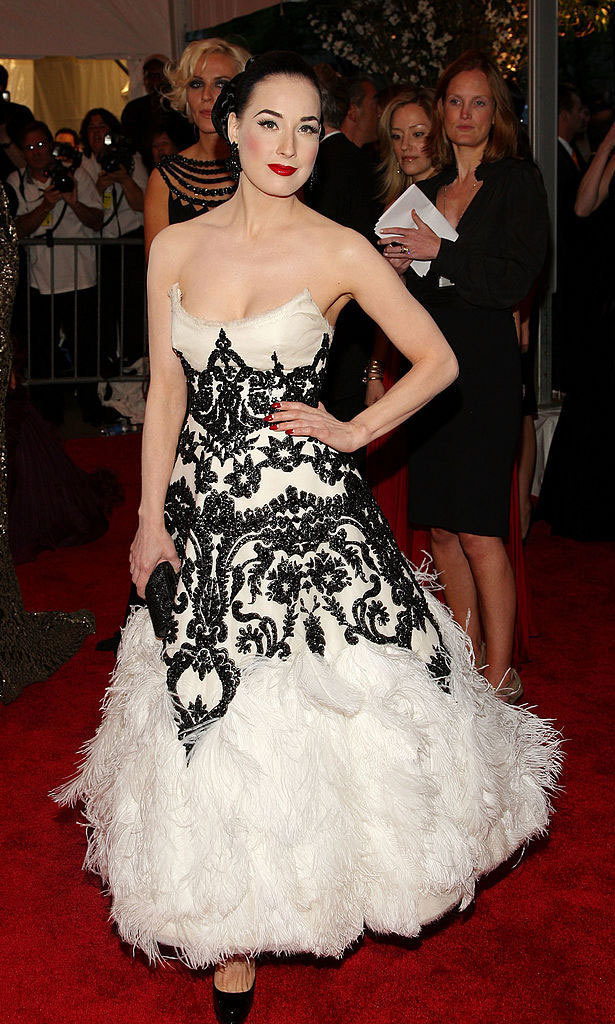 <strong>2008, Superheroes: Fashion and Fantasy</strong><br>Dita von Teese, Marchesa