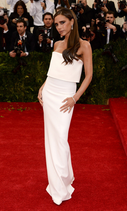 <strong>2014, Charles James: Beyond Fashion</strong><br>Victoria Beckham, Victoria Beckham