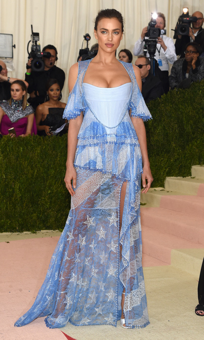 Irina Shayk in Givenchy Haute Couture