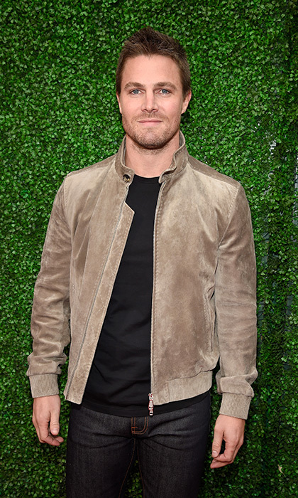 <h2>Stephen Amell</h2>