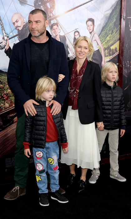 <strong>NAOMI WATTS</strong>