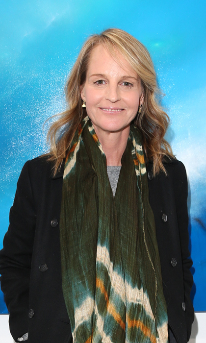 <strong>HELEN HUNT</strong>