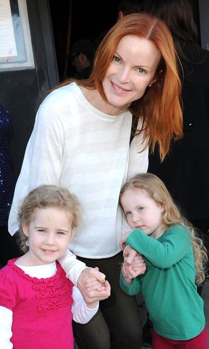 <strong>MARCIA CROSS</strong>