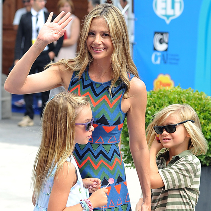 <strong>MIRA SORVINO</strong>