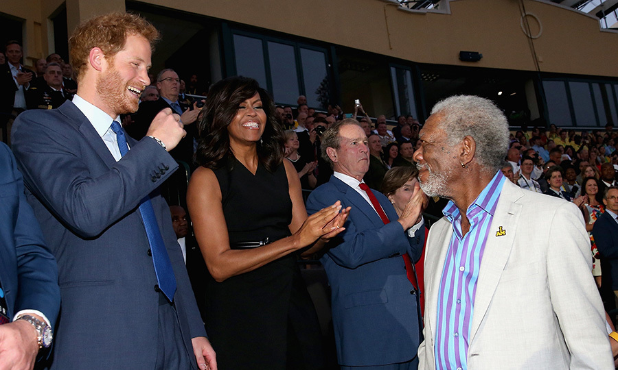 Harry and Michelle share a laugh with acting legend Morgan Freeman. 