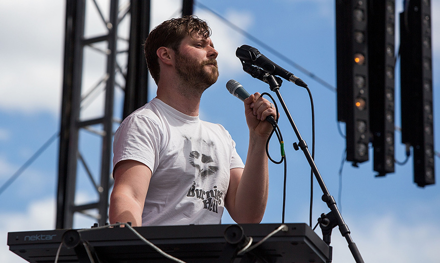<h3>DAN MANGAN</h3>