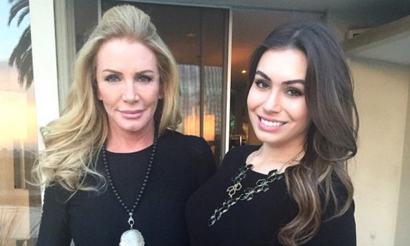 <h3>SHANNON TWEED SIMMONS</h3>