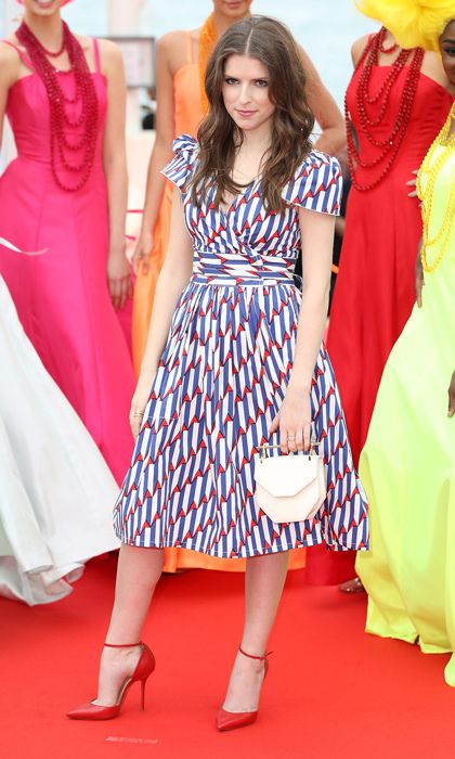Anna Kendrick in Marc Jacobs