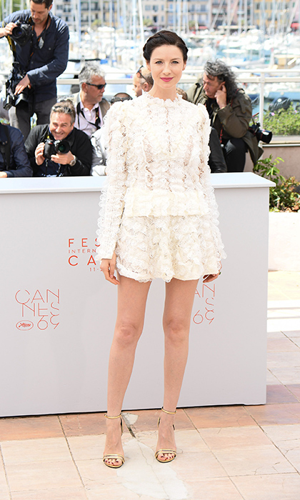 Caitriona showed off her killer legs in a frilly lace minidress by Louis Vuitton at the photo-call for her film <i>Money Monster</i> at Cannes.