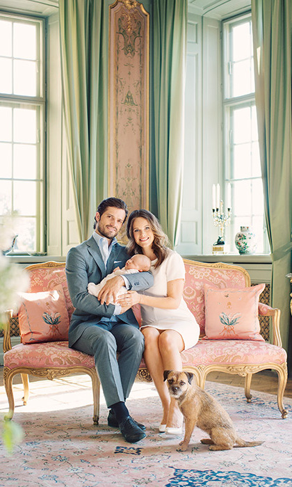 The family pose in their home Drottningholm Palace.