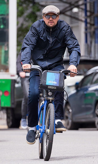 Eco-friendly Leonardo DiCaprio did his part to help the environment by biking around New York City. 