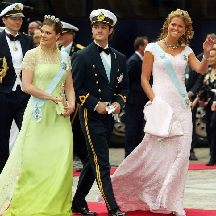 It was a family affair for the Swedish royals. Foregoing dates, Crown Princess Victoria, Princess Madeleine and Prince Carl Philip attended the royal wedding together with their parents, King Carl XVI Gustaf and Queen Silvia. The two sisters looked beautiful, both opting for brightly colored dresses.