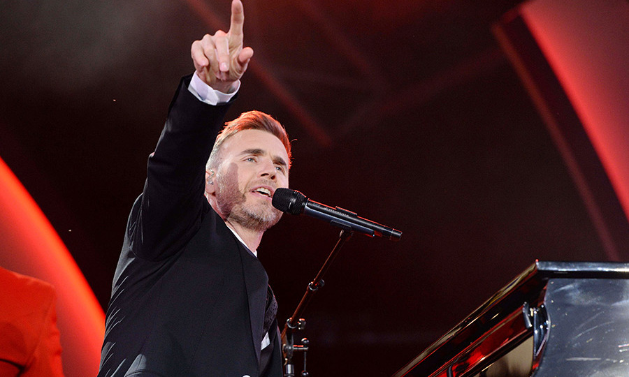 Gary Barlow was the first star to hit the stage. He was soon followed by Dame Helen Mirren, Dame Shirley Bassey, Kylie Minogue, Andrea Bocelli, Damian Lewis, Jess Glynne, Imelda Staunton, Jim Carter, Alfie Boe, James Blunt, Katherine Jenkins, Beverley Knight, Jennifer Saunders, Alan Titchmarsh and Martin Clunes.