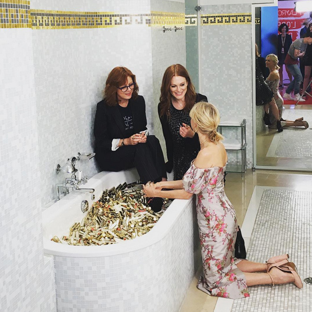 <p>We scoured Instagram for the best behind-the-scenes celebrity shots! Click through to see them all!</p> 