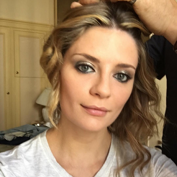 Mischa Barton (@mischamazing) got glammed before attending the <em>Loving</em> premiere. (Spoiler: She traded her t-shirt for a black Georges Hobeika gown!)