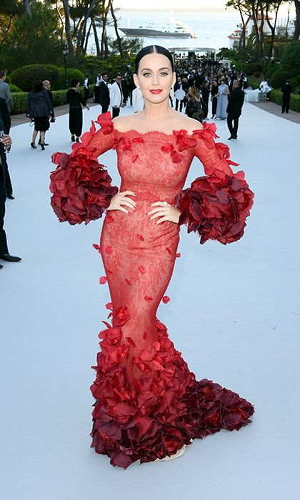 Host Katy Perry in Marchesa