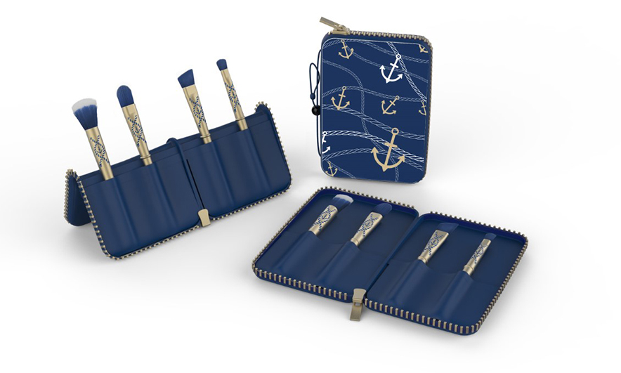 <p><b>Quo Nautical Double-Ended Brush Set, $50, Shoppers Drug Mart</b></p>