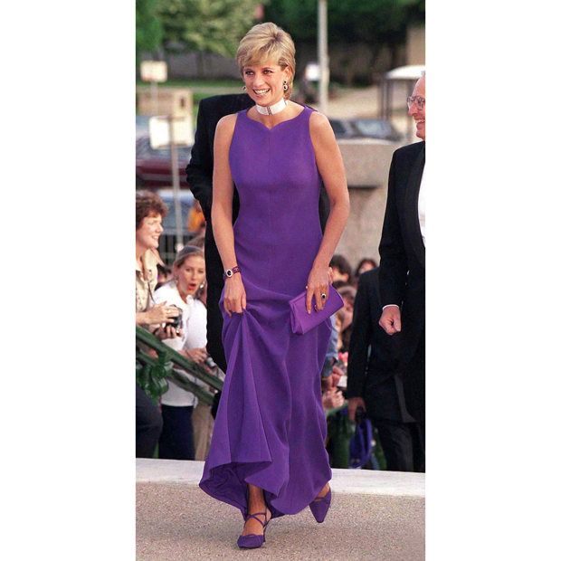 "Another <strong><a href=""/tags/0/versace"">Versace</a></strong> look, also with perfectly coordinated <strong><a href=""/tags/0/jimmy-choo"">Jimmy Choo</a></strong> shoes, made Diana a standout while on a trip across the pond in 1996 as she attended a gala dinner at Chicago's Field Museum of Natural History. 