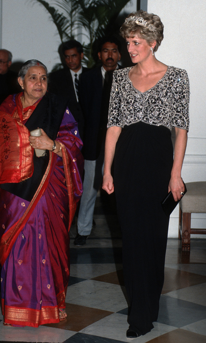 More than two decades before her son Prince William and his wife Kate visited India, Princess Diana made a fashionable visit to the country in 1992. To attend a special dinner in her honour, the princess wore a black evening gown with a jewel-encrusted top and the Spencer family tiara. 
