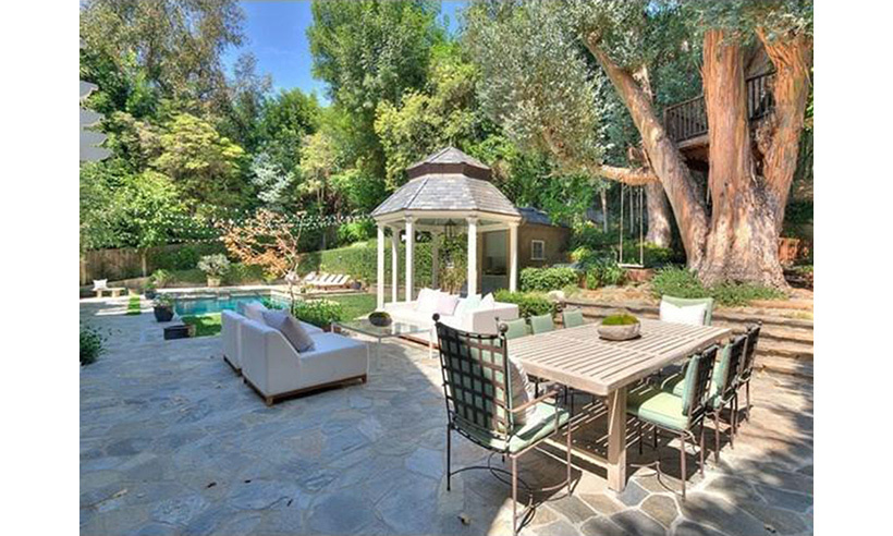 It also features a treehouse - perfect for Adele's young son Angelo!