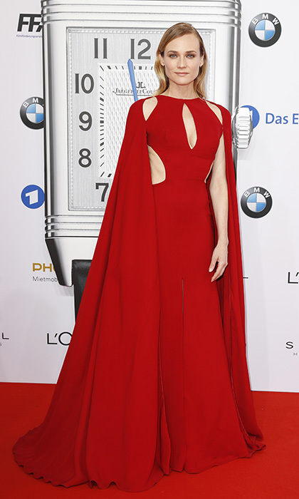 Red-carpet style maven Diane Kruger dazzled in a cut-out caped gown by Naeem Khan at the Lola German Film Awards in Berlin.