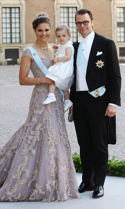 Princess Madeleine's older sister Crown Princess Victoria, along with her husband Prince Daniel and daughter Princess Estelle, were the picture of happiness outside of the palace. 