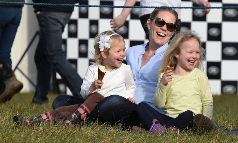 Autumn with her daughters Isla (R) and Savannah. 