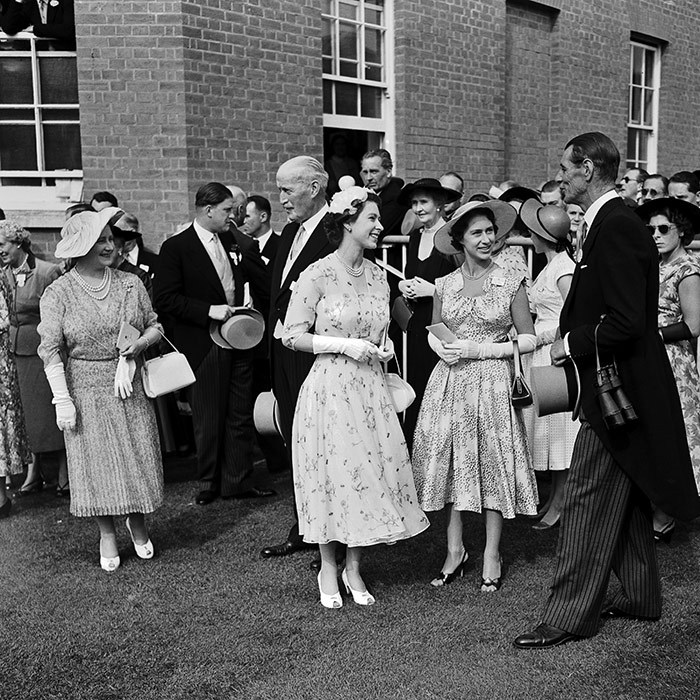 The Queen loves all aspects of racing, including chatting with trainers about strategy and performance. Prior to the races in 1955, the monarch and her sister Princess Margaret quizzed famed trainer Noel Murless in the unsaddling enclosure. 
