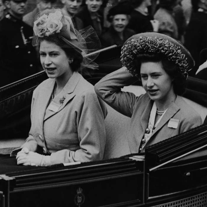 Flashback to 1948, when Princesses Elizabeth and Margaret made a stunning entrance at Royal Ascot in an open carriage.