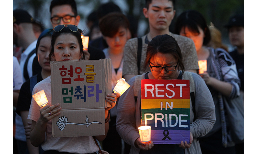 Citizens of Seoul, South Korea, gathered in the city's downtown core to pay tribute to the victims. 