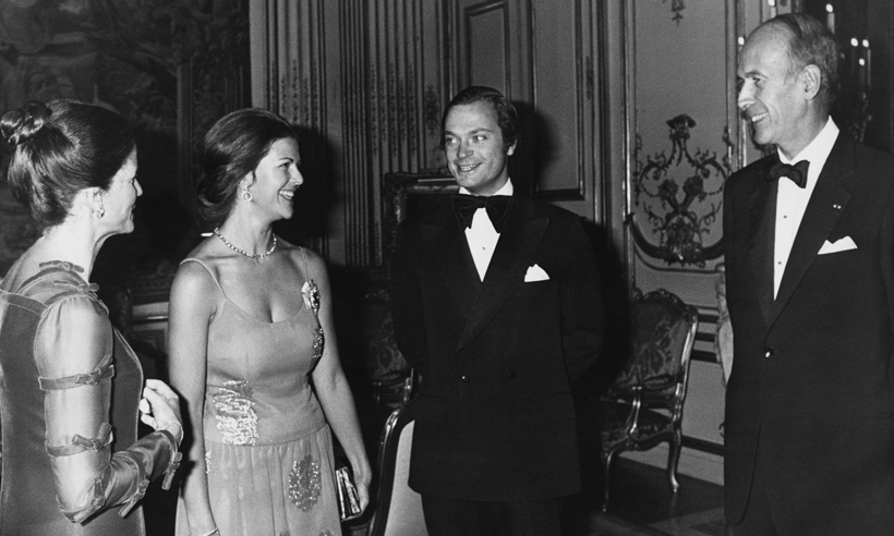 Then-French President Valéry Giscard d'Estaing welcomed Carl and Silvia to the Élysée Palace in Paris shortly after their wedding. The President hosted a dinner in honour of the royal couple alongside his wife and First Lady Anne-Aymone Giscard d'Estaing. 