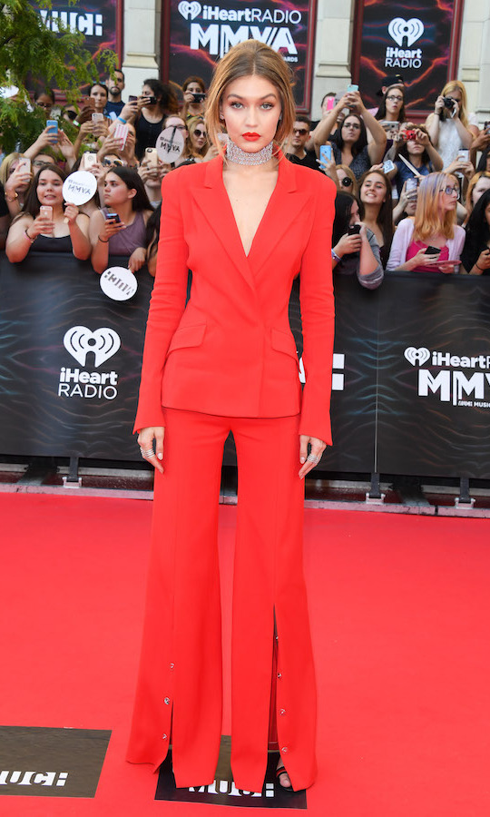 Gigi Hadid in Mugler.