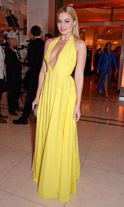 <em>The Wolf of Wall Street</em> star wowed in a vibrant yellow gown at an awards show in 2014.