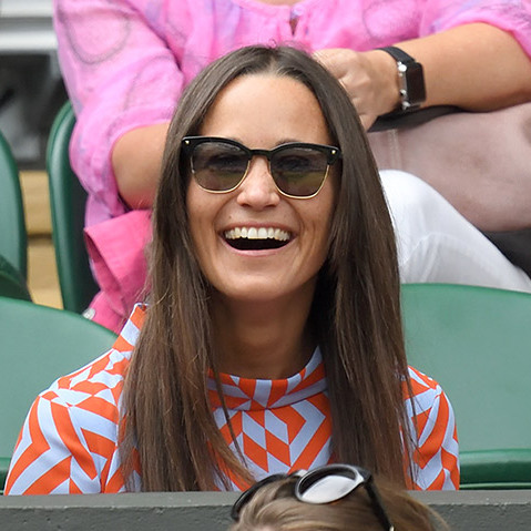 Pippa Middleton was all smiles at the Roger Federer vs. Steve Johnson match on Monday (Jul. 4). 