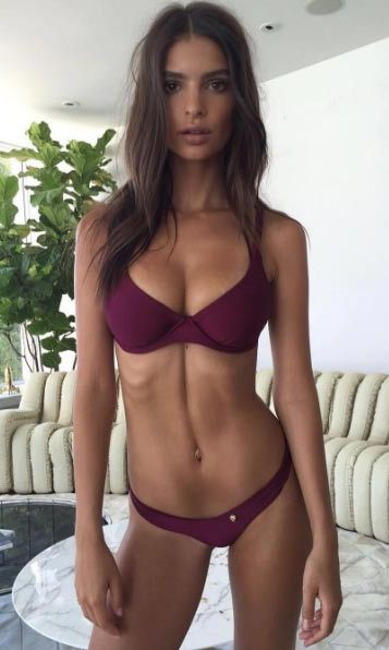 "Emily Ratajkowski told fans she was ""weekend ready"" in this Amore & Sorvete bikini.