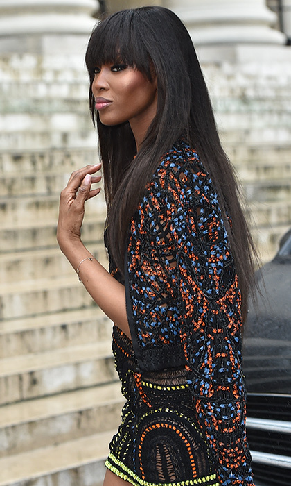 Naomi Campbell was flawless as she arrived for the Atelier Versace presentation.