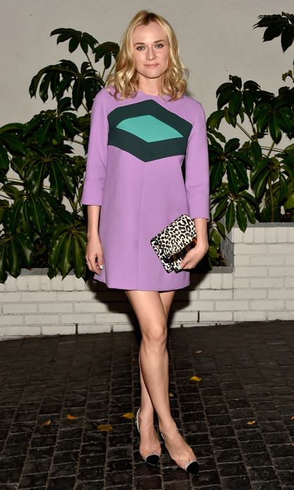 Diane brilliantly added a leopard clutch as a wild yet neutral pairing for her mauve colour-block dress. 