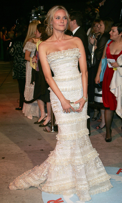 Diane's tiered lace gown brought a touch of Old Hollywood glamour to the 2006 Vanity Fair Oscar Party. 