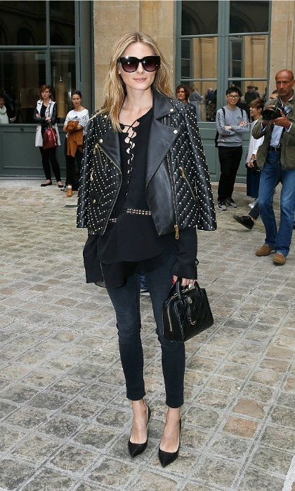 Olivia Palermo looked effortlessly cool wearing an all-black ensemble to the Alexis Mabille Haute Couture show.