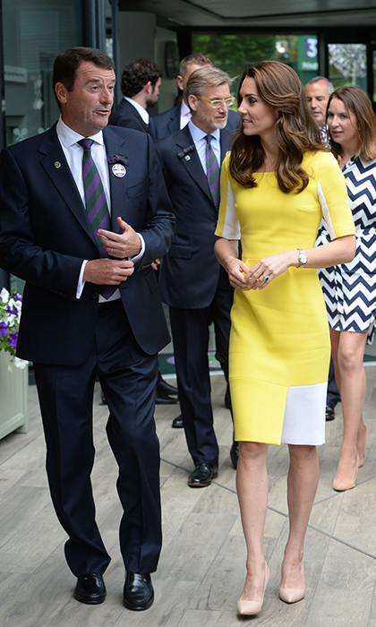 For the 2016 tournament, Kate brightened up centre court in a sunny yellow Roksanda Ilincic dress. She paired the colour-block piece with nude pumps and pearl and Swarovski crystal Soru Jewellery earrings.   