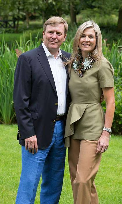 Queen Maxima wore a khaki peplum top and statement necklace for the Dutch royal family photo call.